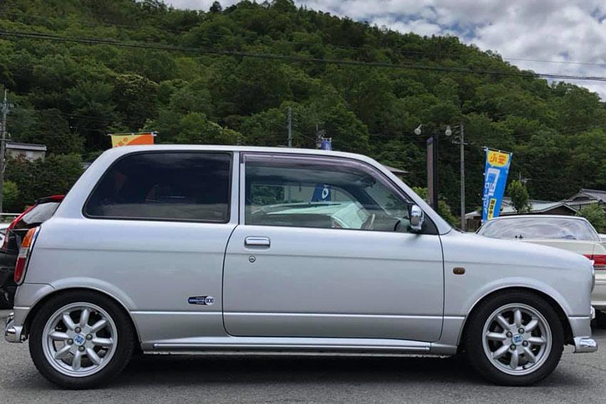 輸入車は岡山ハートアップワールド